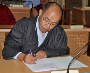 Tethong Tenzin Wangpo, Tibetan MP from Europe.