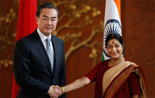 Chinese Foreign Minister Wang Yi (L) meeting Indian Foreign Minister Sushma Swaraj (R). (Photo: Zee Media Bureau/Himanshu Kapoor)