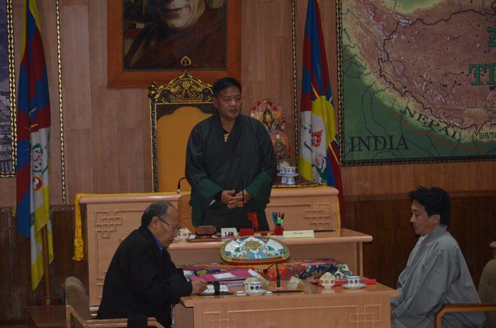 Speaker Penpa Tsering chooses to resign under murder allegations in the Parliament