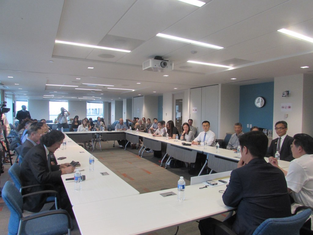 Sikyong Dr. Lobsang Sangay speaking to Chinese scholars and students during a dialogue organised by Initiatives for China in Washington DC, 12 May 2015. Photo courtesy: Tibet.net