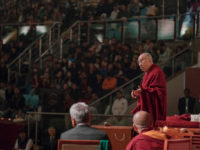 His Holiness the Dalai Lama speaking at the inaugural Vidyaloke public talk at Talkatora Stadium in New Delhi, India on February 5, 2017. Photo/Tenzin Choejor/OHHDL