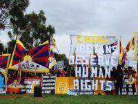 Tibetans protest during Chinese Premier Li Keqiang's Australia visit