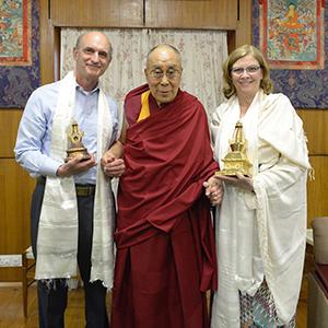 2-Mayor-McFarlane-Jon-Kolkin-Receiving-Stupa-Gifts-from-the-14th-Dalai-Lamasmall