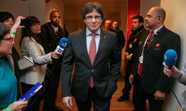 Catalan pro-independence parties keep their majority in snap poll